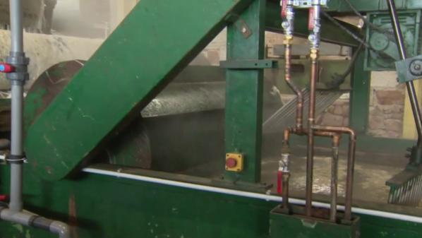 Haute-Loire : dans la dernière usine de lavage de laine en France