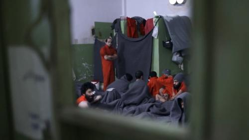 Syrie : les prisonniers jihadistes encombrants du Kurdistan