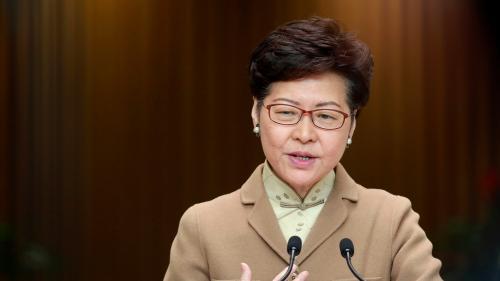 """Hong Kong pourrait conserver sa semi-autonomie """"au-delà de 2047"""", affirme la cheffe de l'exécutif"""