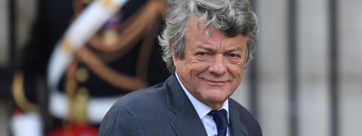 """La politique de rénovation urbaine s'est-elle """"totalement arrêtée"""", comme l'affirme Jean-Louis Borloo ?"""
