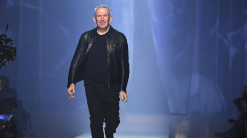 Après 50 ans de carrière, le couturier Jean Paul Gaultier dit adieu aux défilés haute couture
