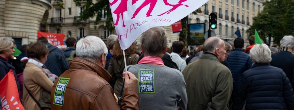 Loi de bioéthique : les opposants à la PMA manifestent à Paris