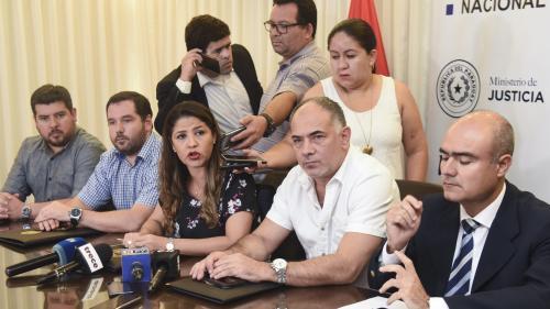 Paraguay : près de 80 prisonniers appartenant à une organisation criminelle s'évadent par un tunnel