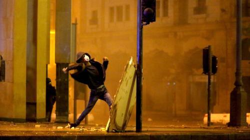 """Liban : """"Si le prochain gouvernement est formé de technocrates, on quittera la rue"""", assure un manifestant"""