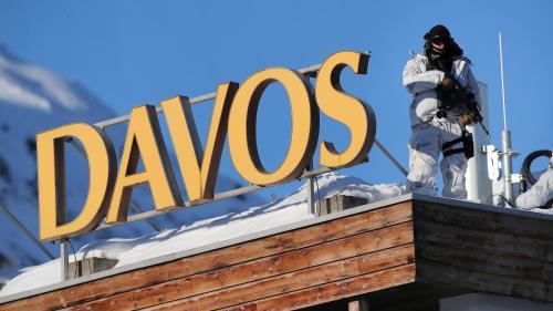Des participants au Forum de Davos financement toujours massivement les énergies fossiles, dénonce Greepeance