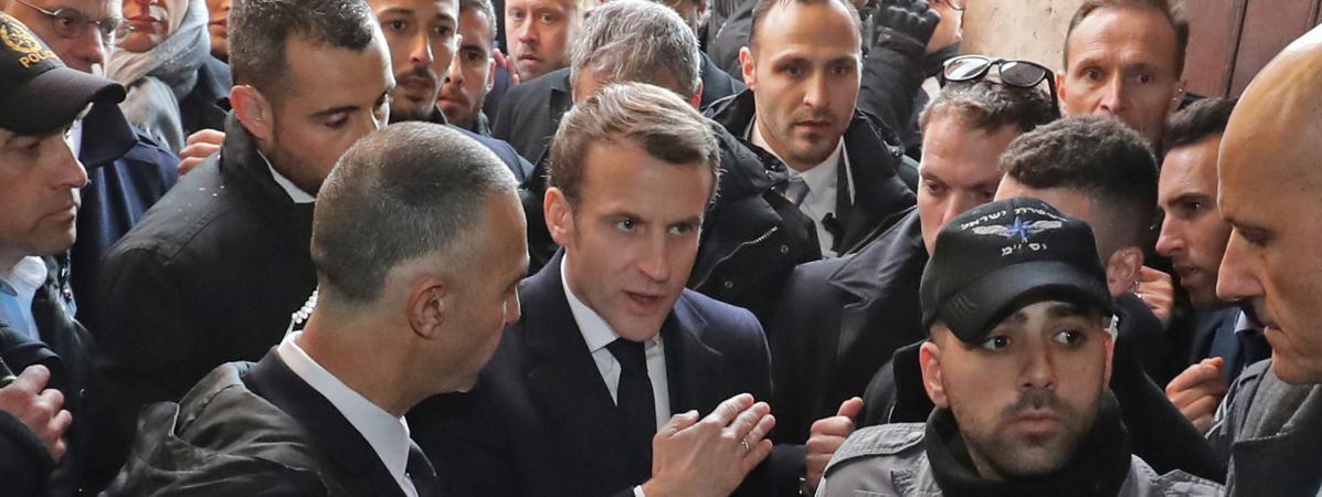"""Incident à Jérusalem entre Emmanuel Macron et les forces israéliennes : """"Le président a défendu l'honneur d..."""