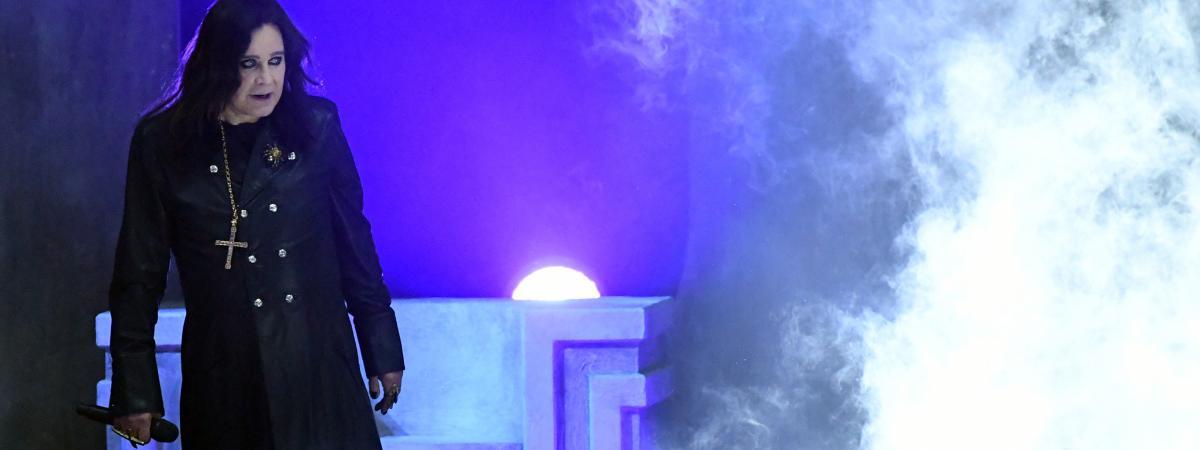 Ozzy Osbourne, l'ancien leader du groupe <b>Black</b> Sabbath, annonce souffrir de la maladie de Parkinson