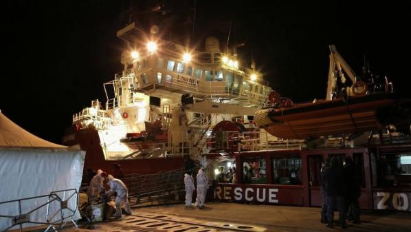 Sauvetage de migrants : à bord de l'Ocean Viking