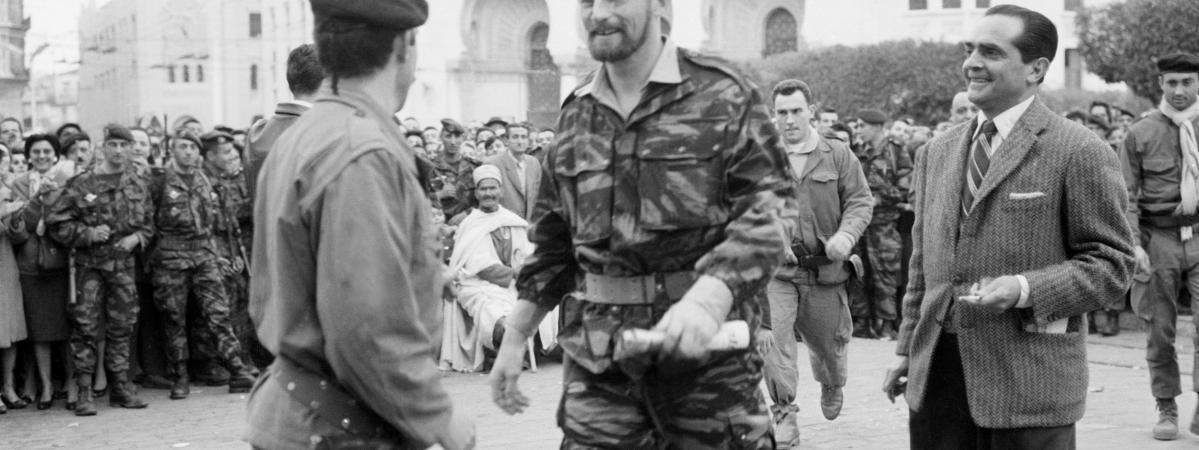 """24 janvier 1960 : le début de la """"semaine des barricades"""" à Alger pendant la guerre d'Algérie"""
