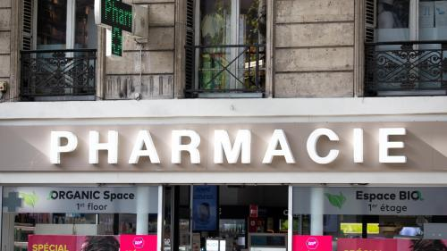 """Coronavirus : les masques de protection en rupture de stock dans """"la plupart"""" des pharmacies d'Ile-de-France, selon les professionnels"""