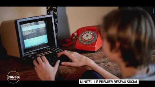 VIDEO. Minitel : Comment une messagerie à sens unique piratée par un adolescent est devenue le premier réseau social au monde