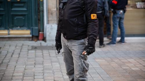 Violences policières : le ministre de l'Intérieur, Christophe Castaner, annonce le retrait immédiat des grenades explosives GLI-F4