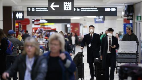 """Rapatriement des Français de Wuhan : """"On n'a aucune information"""", """"le consulat ne nous répond pas"""", témoigne une étudiante"""