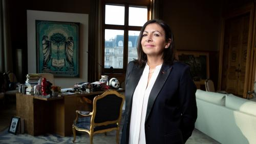 Municipales : Anne Hidalgo promet 100% de rues cyclables à Paris d'ici 2024