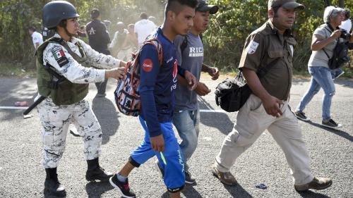 Le Mexique refoule 2300Honduriens entrés avec une caravane humaine