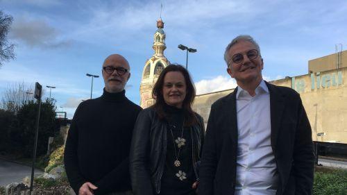 Trois parfumeurs chargés de mettre en flacon l'odeur de la ville de Nantes