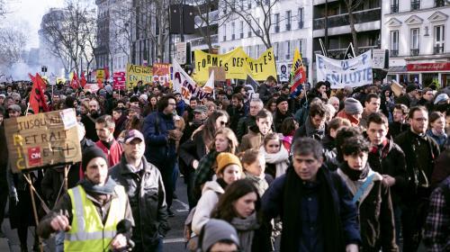 DIRECT. Réforme des retraites : 180 000 manifestants à Paris selon la CGT, 13 000 selon le ministère de l'Intérieur