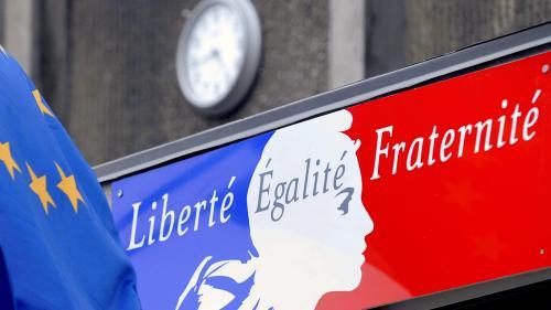 """""""Cela permet d'avoir une liberté d'esprit"""" : en France, collégiens et lycéens adhèrent très majoritairement à la laïcité"""