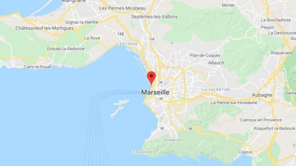 Infection par pneumocoque sur le port à Marseille: 4000 personnes vont être vaccinées lundi annonce l'ARS
