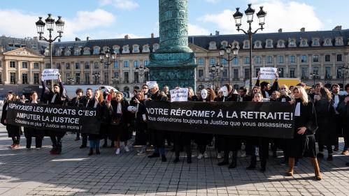 DIRECT. Réforme des retraites : manifestation à Paris, le texte arrive en commission à l'Assemblée nationale