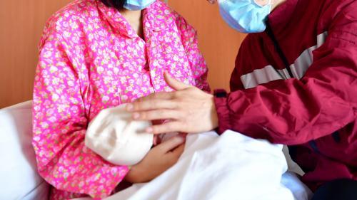 Coronavirus 2019-nCoV : un nourrisson chinois contaminé par sa mère, le plus jeune cas recensé