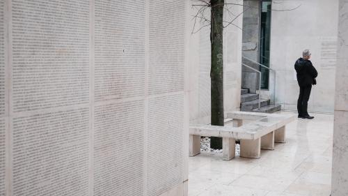 """Le Mémorial de la Shoah n'emploiera plus le terme de """"régime de Vichy"""" sur demande du maire de la commune"""