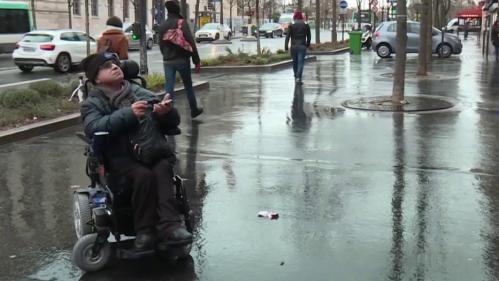Handicap : la ville toujours peu accessible pour les personnes en fauteuil roulant