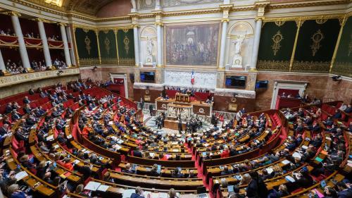"""""""Nous serons dans une attitude très offensive"""" : comment la gauche entend s'opposer à la réforme des retraites à l'Assemblée nationale"""