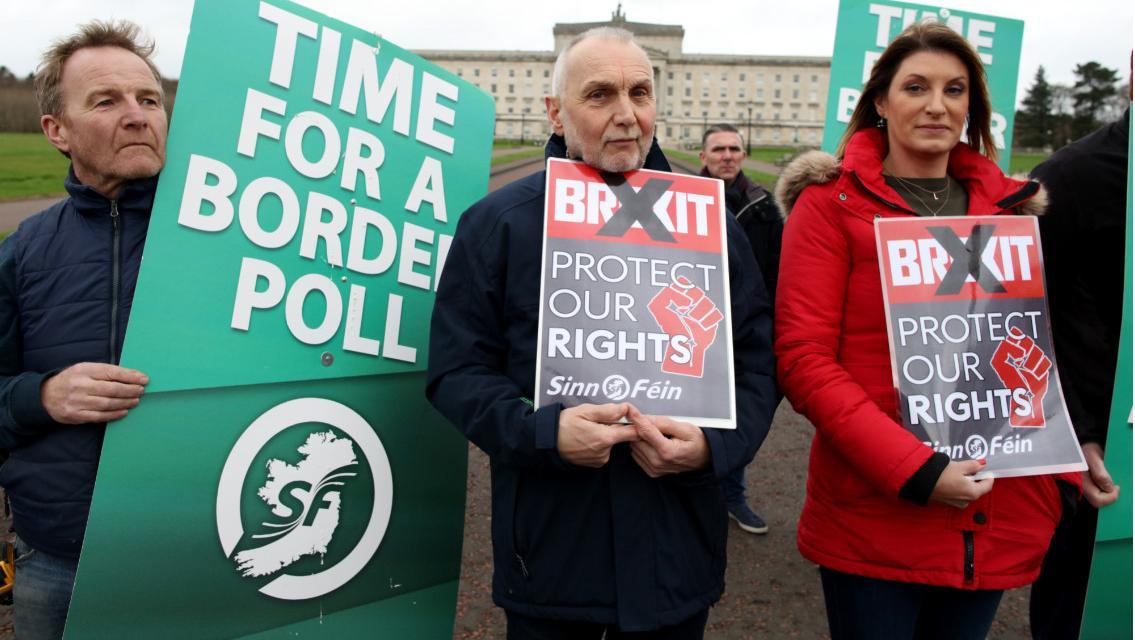Irlande : après son succès aux législatives, le parti nationaliste Sinn Fein réclame un référendum sur l'unité de l'île sous trois ans