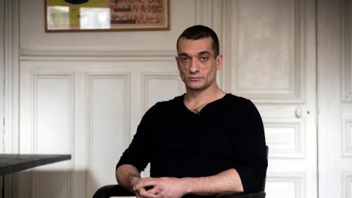 Retrait de Benjamin Griveaux : l'artiste russe Piotr Pavlenski interpellé dans le cadre d'une autre enquête