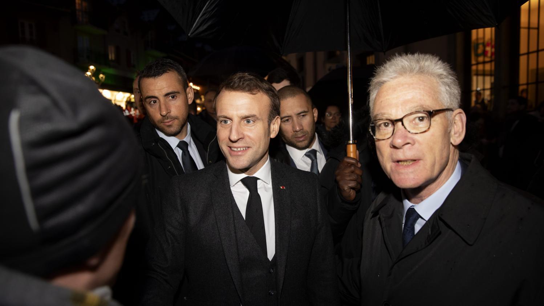 Haute-Savoie : le maire de Saint-Gervais a reçu 800 insultes et menaces sur Facebook après la visite d'Emmanuel Macron
