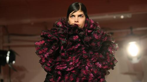 A La London Fashion Week, Vivienne Westwood toujours militante et les jeunes pousses décomplexées
