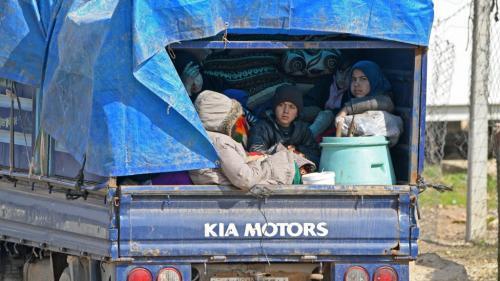 Syrie : l'offensive dans le nord-ouest du pays a provoqué la fuite de 900 000 personnes depuis décembre