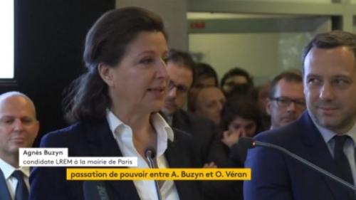"""VIDEO. """"Ma gratitude est immense"""" : émue aux larmes, Agnès Buzyn a quitté le ministère de la Santé pour reprendre le flambeau de la candidature LREM à Paris"""