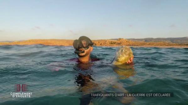 VIDEO. Cette tête de statue antique découverte en Libye gisait au fond de l'eau depuis deux mille ans