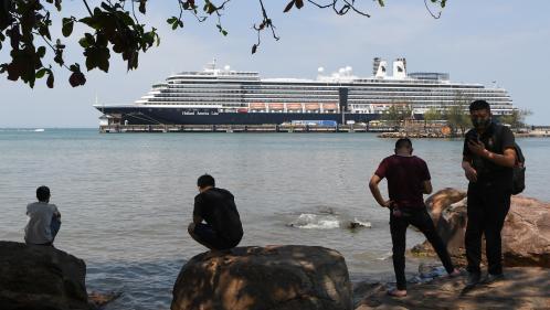 """Epidémie de Covid-19 : les passagers du """"MS Westerdam"""" recherchés à cause d'une Américaine porteuse du virus"""
