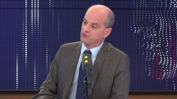 """VIDEO. Jean-Michel Blanquer annonce avoir """"empêché"""" 27 ouvertures d'écoles hors contrat """"à la rentrée dernière"""""""