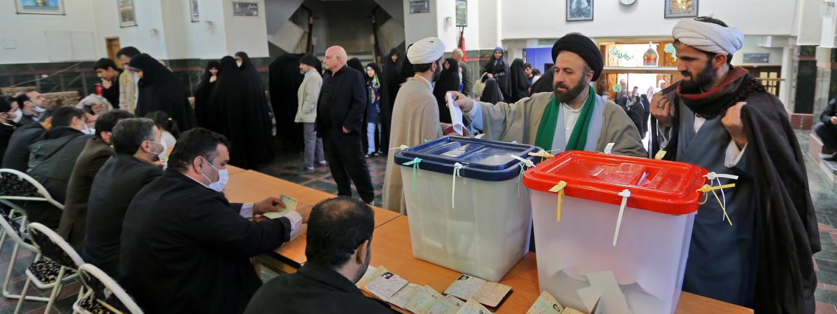 Un bureau de vote dans la banlieue sud de Téhéran le 21 février 2020