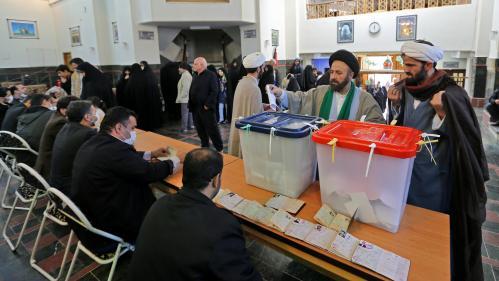 """""""Les candidats pour lesquels je voulais voter ont tous été disqualifiés"""": en Iran les conservateurs favoris des législatives"""