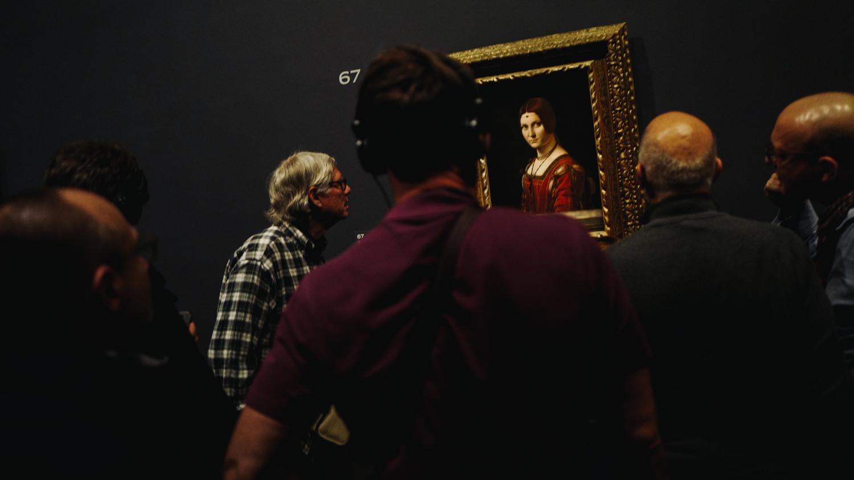 Nocturnes de l'exposition Léonard de Vinci au Louvre : ambiance feutrée pour les visiteurs de la nuit