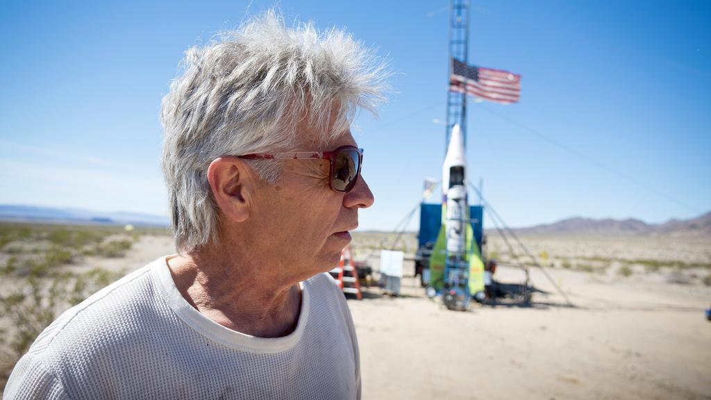Il veut prouver que la Terre est plate et meurt dans le crash de sa fusée artisanale