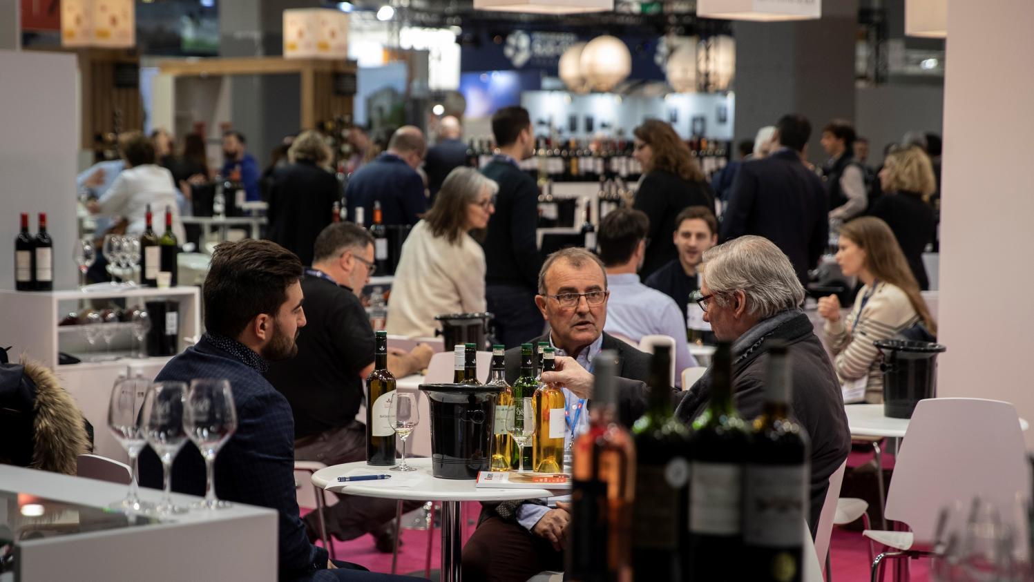 Les taxes de Donald Trump menacent 100 000 emplois en France, selon les professionnels du secteur viticole