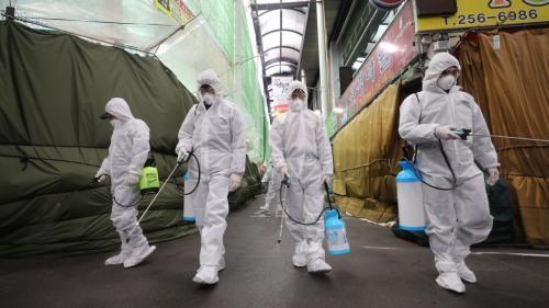 VIDEO. Covid-19 : comment la Corée du Sud, plus grand foyer en dehors de Chine, tente d'enrayer la propagation du coronavirus
