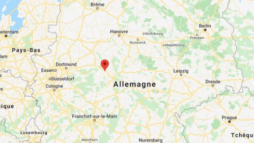 """Allemagne : un automobiliste fonce sur un défilé de carnaval et fait """"plusieurs dizaines"""" de blessés"""