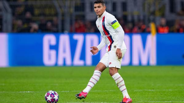 Foot : le capitaine du PSG Thiago Silva forfait pour le match retour de la Ligue des champions contre Dortmund