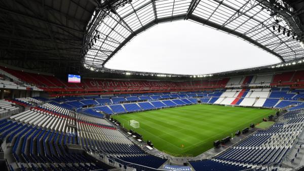 """""""On ne va pas laisser tomber notre équipe"""": avant le match entre Lyon et la Juventus Turin, le coronavirus Covid-19 ne décourage pas les supporters"""