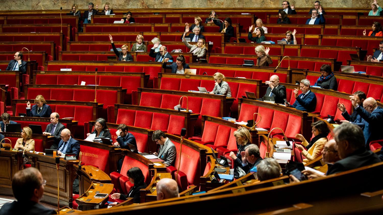 Réforme des retraites : quatre questions sur le recours à l'article 49.3