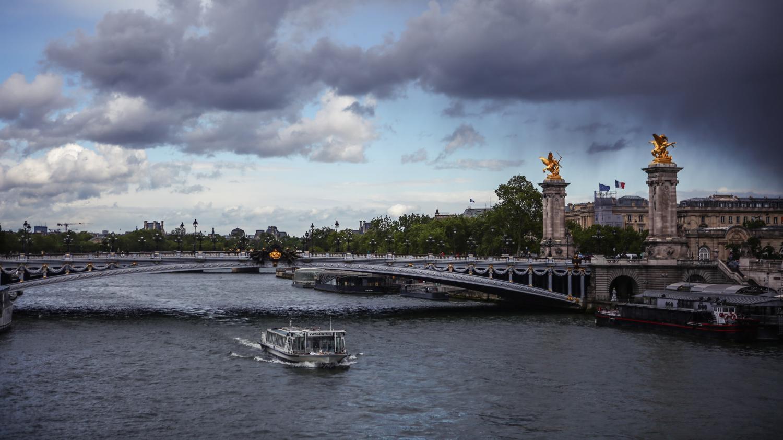 Tempête Jorge : seize départements d'Ile-de-France et du Nord-Est placés en vigilance orange aux vents violents