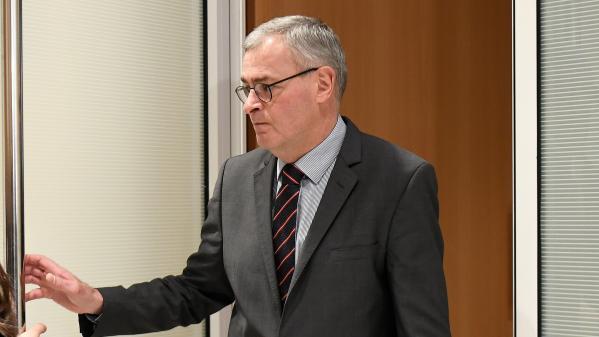 """""""On forme une équipe : moi, Penelope et lui"""" : au procès Fillon, Marc Joulaud détaille le rôle de la femme de l'ancien Premier ministre"""