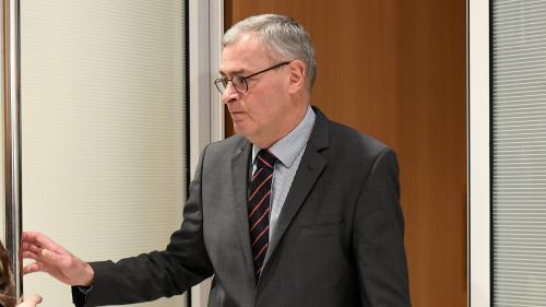 """""""On forme une équipe, moi, Penelope et lui"""": au procès Fillon, Marc Joulaud précise le rôle de la femme de l'ancien Premier ministre"""
